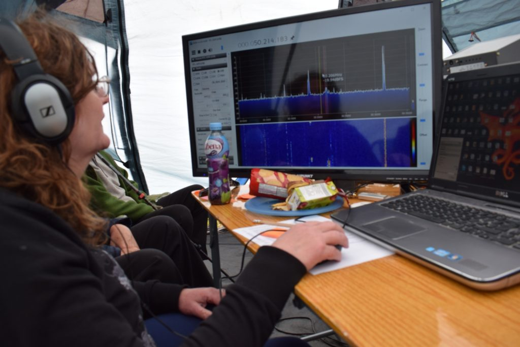 Heather M0HMO using a SDR receiver in TDARS entry for a contest
